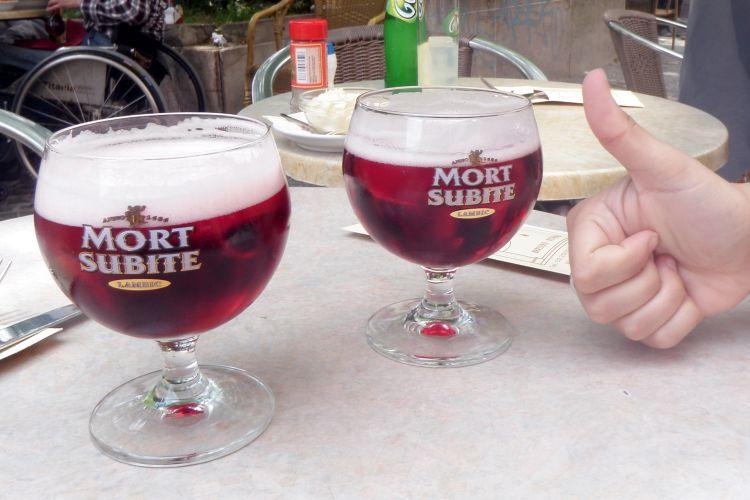 Wat te doen in Brussel - kriek op een terrasje