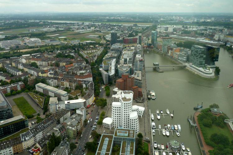 Stedentrip Düsseldorf in de zomer