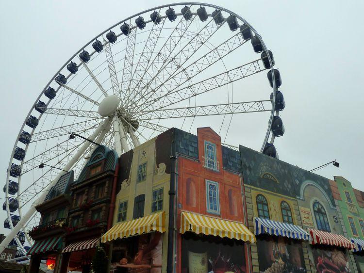 Stedentrip Dusseldorf in de zomer of winter