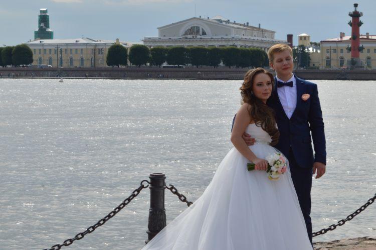 witte reisfoto's - bruidsparen in sint-petersburg