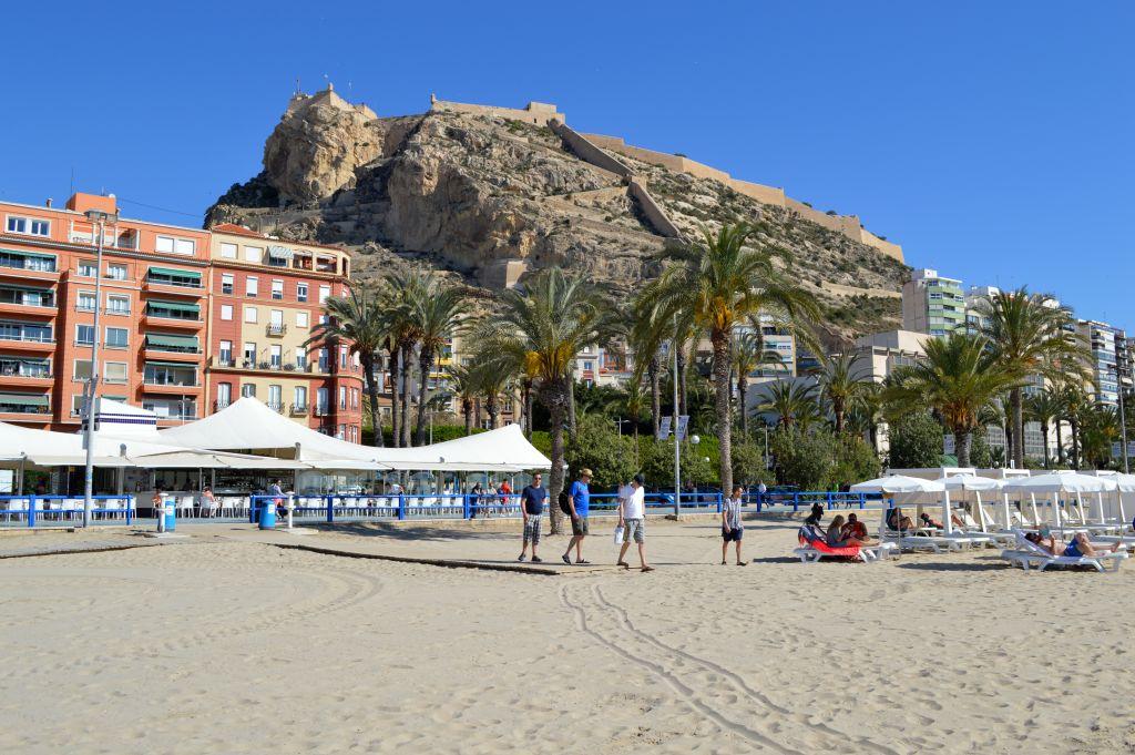 wat te doen in alicante - het strand