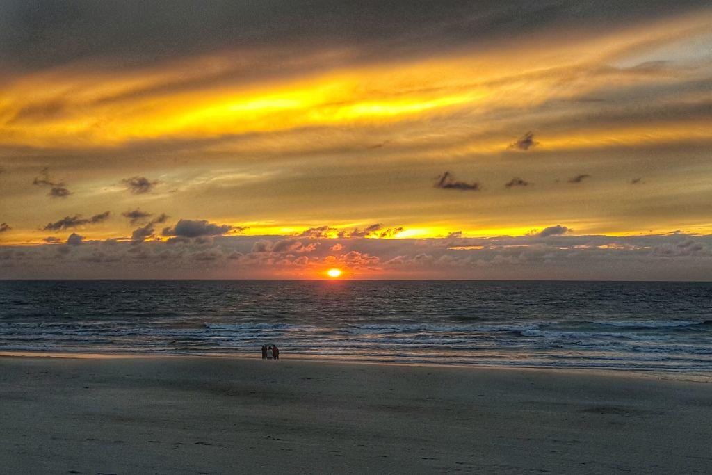 weekendje belgische kust - zonsondergang Westende bad