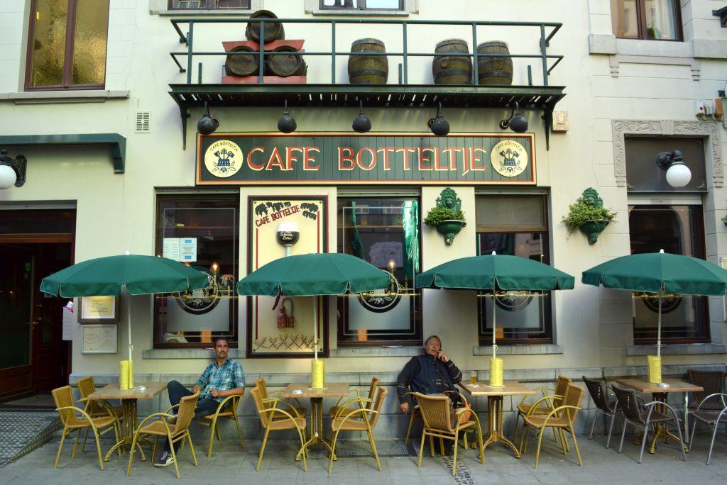 weekendje belgische kust - cafe botteltje oostende