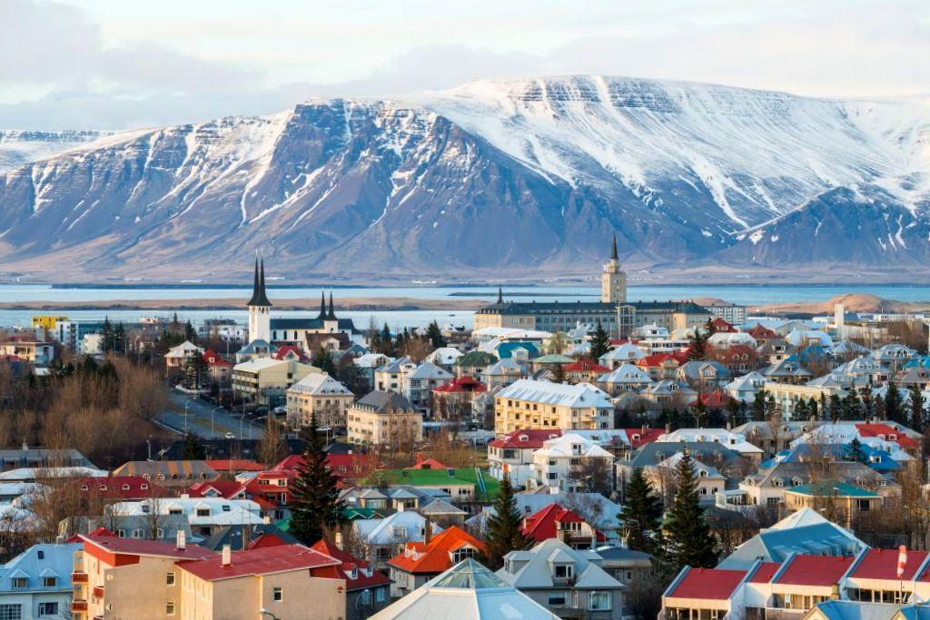 stedentrips stad en natuur ijsland