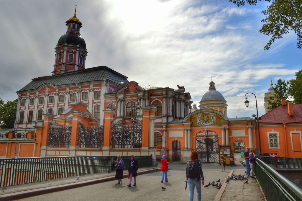 tips sint petersburg alexander nevski klooster