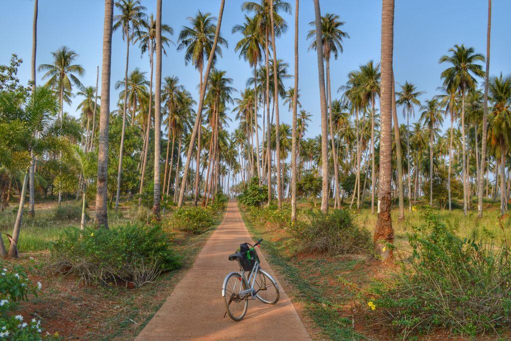 fietsen op koh mak thailand