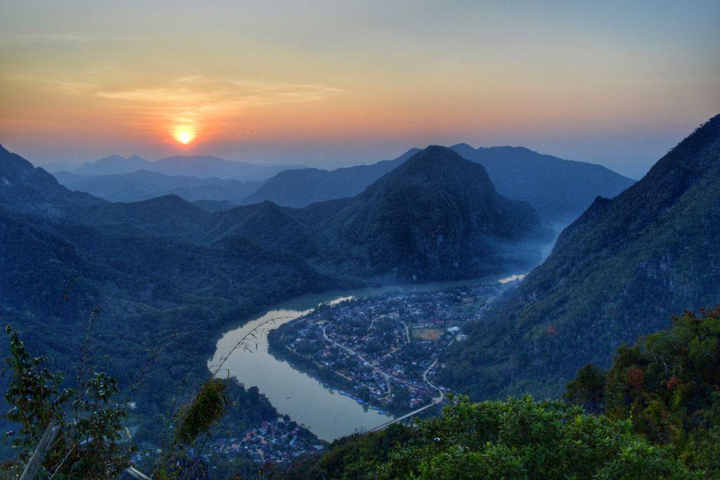 mooiste zonsondergangen - laos - nong khiaw