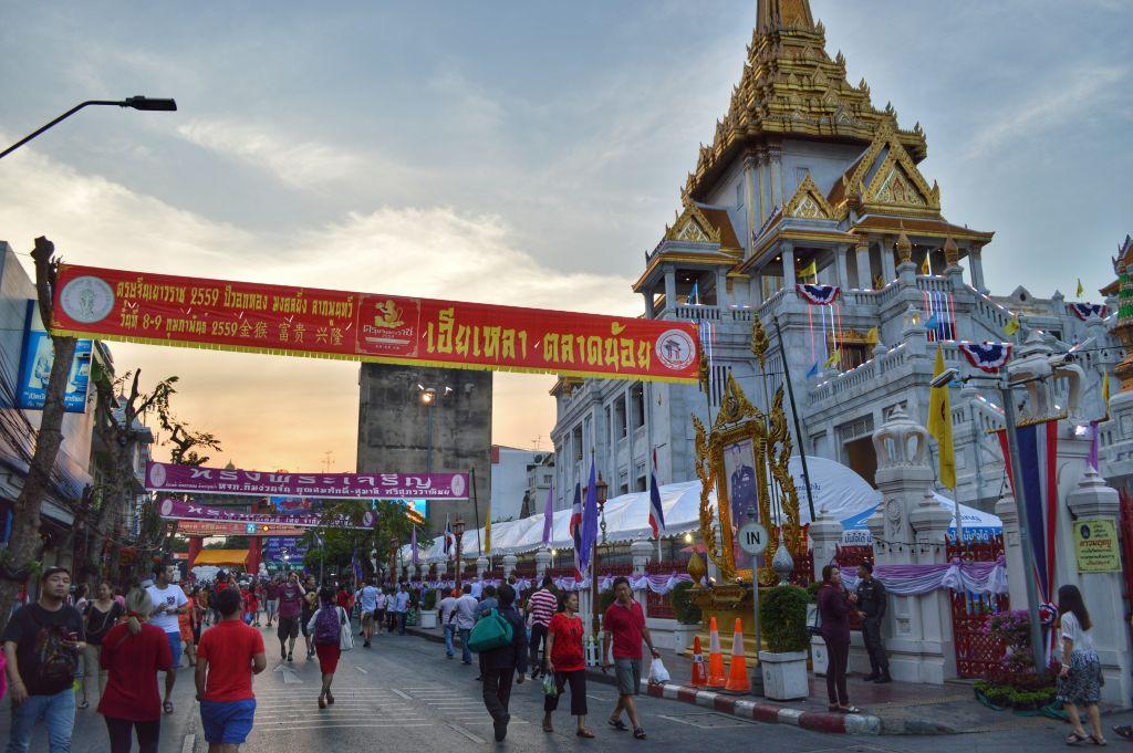 chinees nieuwjaar bangkok - Wat Traimit tempel -