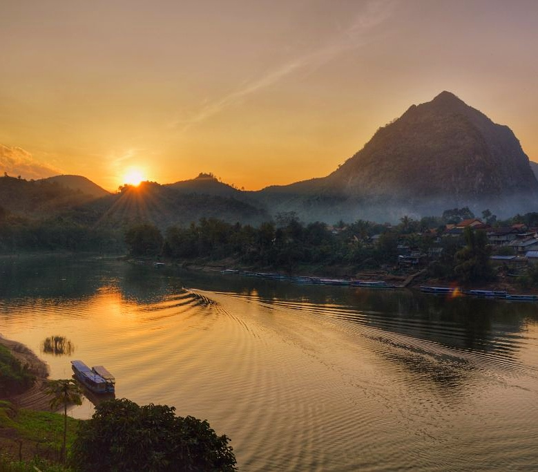 Sunset Laos Nong Khiaw