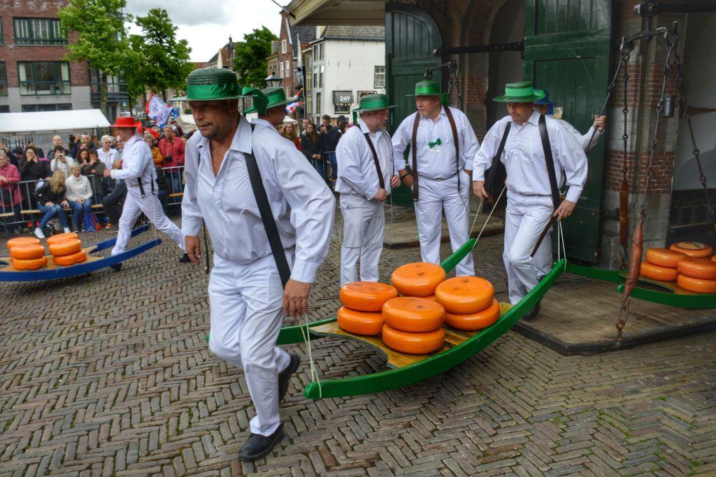 kaasmarkt alkmaar weegschalen