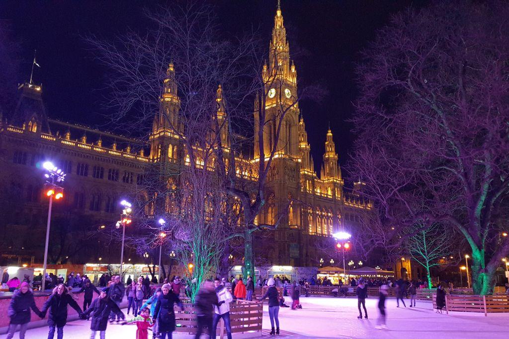 Rathaus Wenen - schaatsbaan