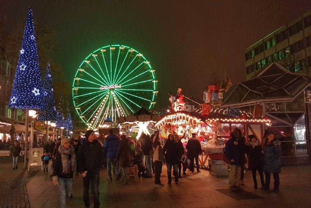 Kerstmarkt Könningsstrasse Duisburg