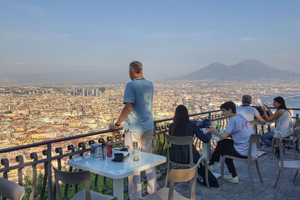 Uitzicht Napels - Restaurant Renzo e Lucia