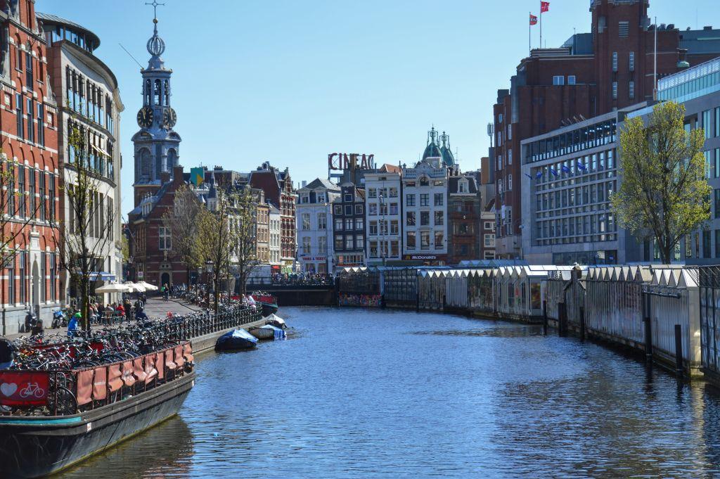 Drijvende bloemenmarkt Amsterdam