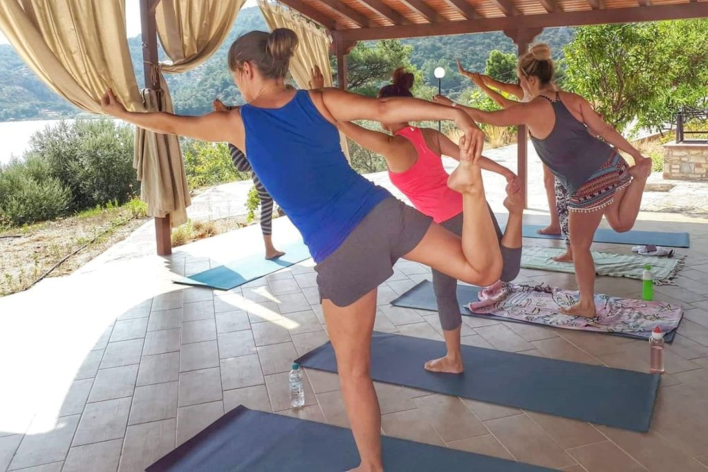 yogales Samos