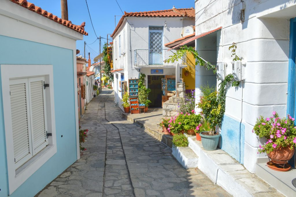 Manolates Samos