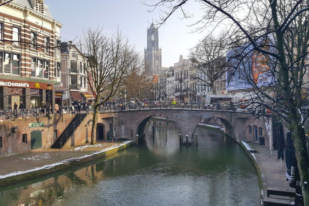 Utrecht stad - De grachten en Domtoren