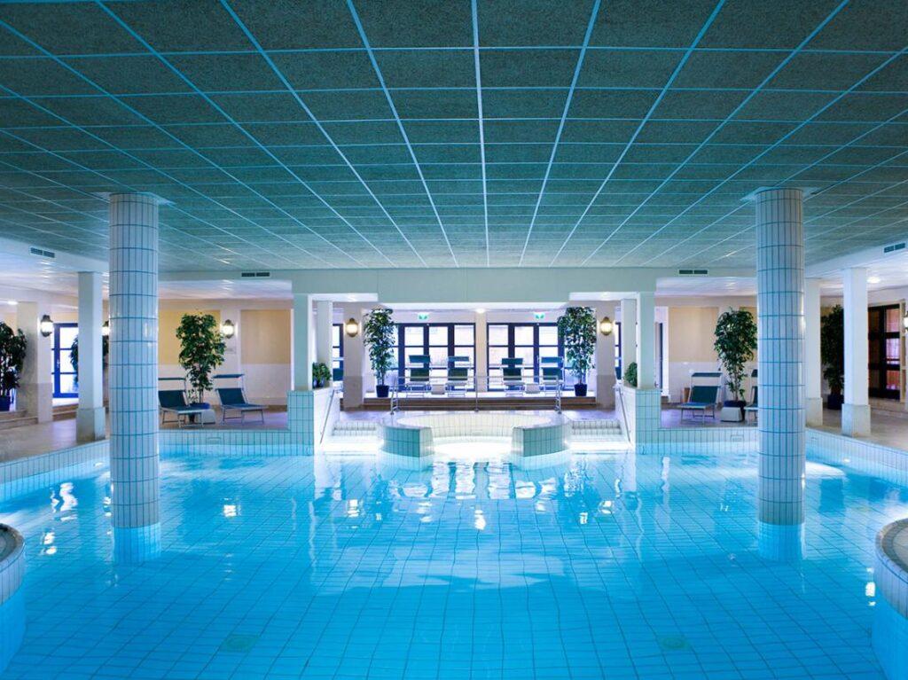 Hotel zwembad Ermelo