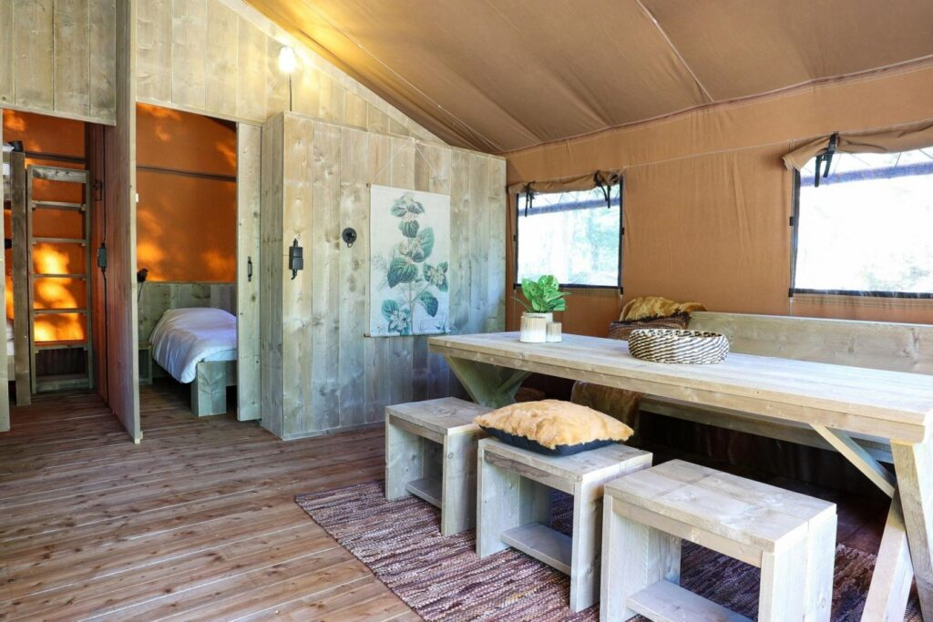 Mooie glampings in Nederland: Droompark Enkhuizer Strand